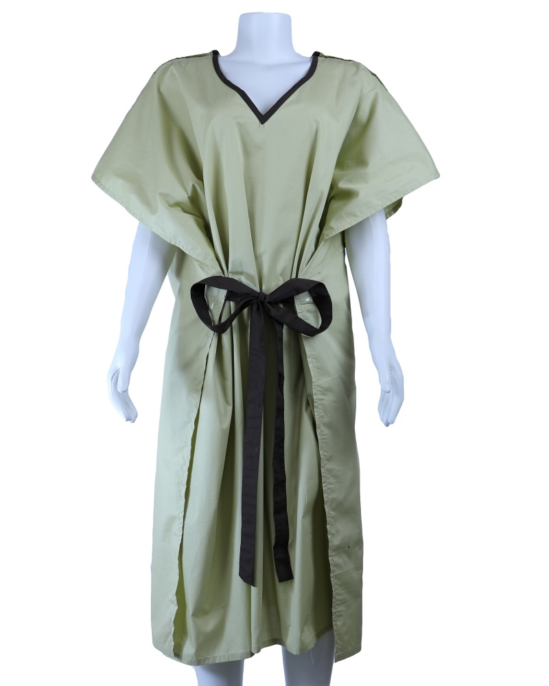 IV Gown-07